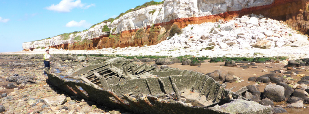 BANNER_The_wreck_of_the_1907_Sheraton_steam_trawler2c_Hunstanton2c_Norfolk_c_CITiZAN